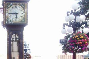 North America: Steam Clock in Gastown - Vancouver, Canada